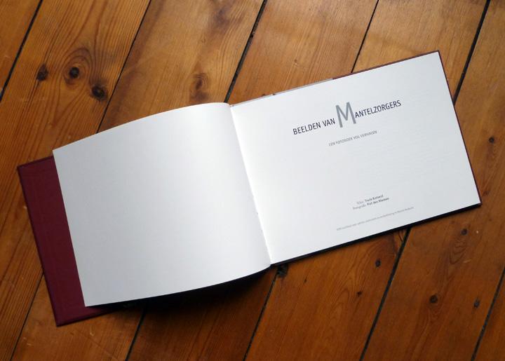 Boekontwerp 'Beelden van Mantelzorgers' van fotograaf Piet den Blancken, i.o.v. 'één Ontwerpers' te 's-Hertogenbosch